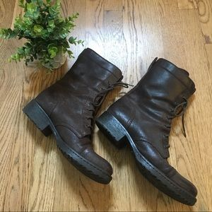 Born boots midi leather size 8.5